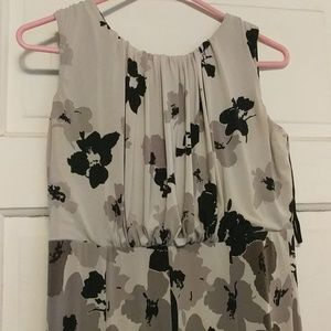 Jones Wear sleeveless floral dress size 6